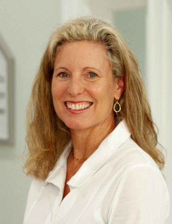 Liz  Sullivan